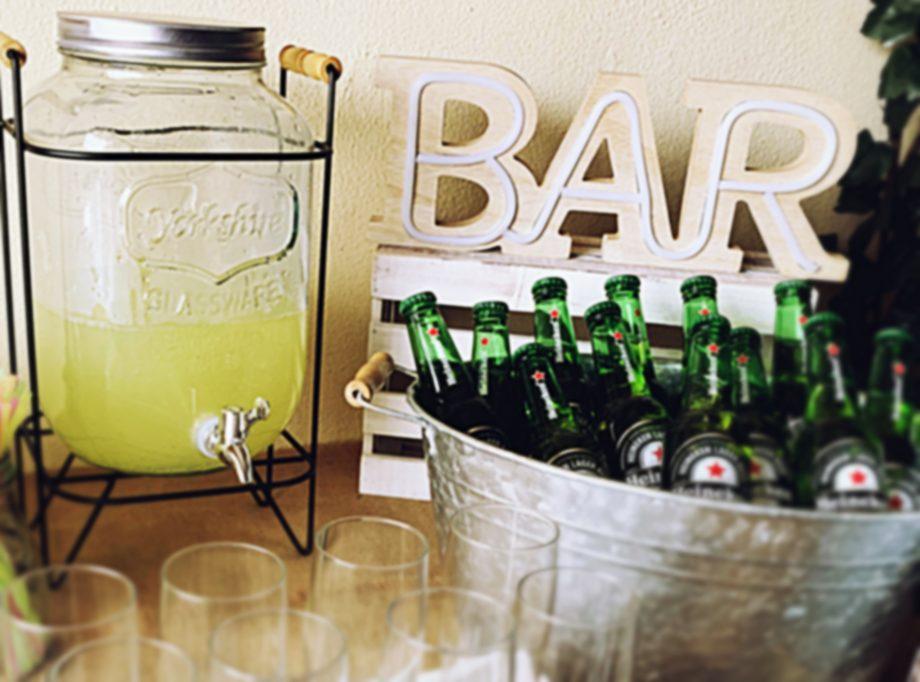 dispensador cartel bar 1942x1440