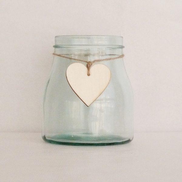 florero cristal con corazon madera 1440x1440