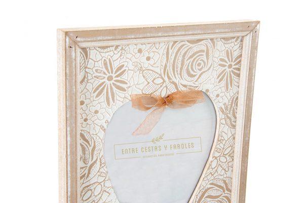 marco corazon detalle 1942x1440