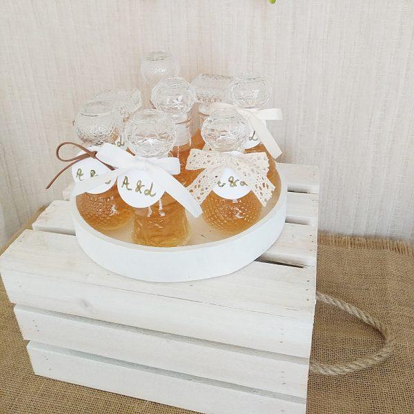 detalle caja asa cuerdas con mini licoreras