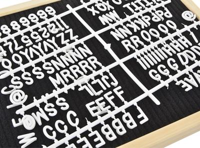 cartel vintage con letras blancas detalle